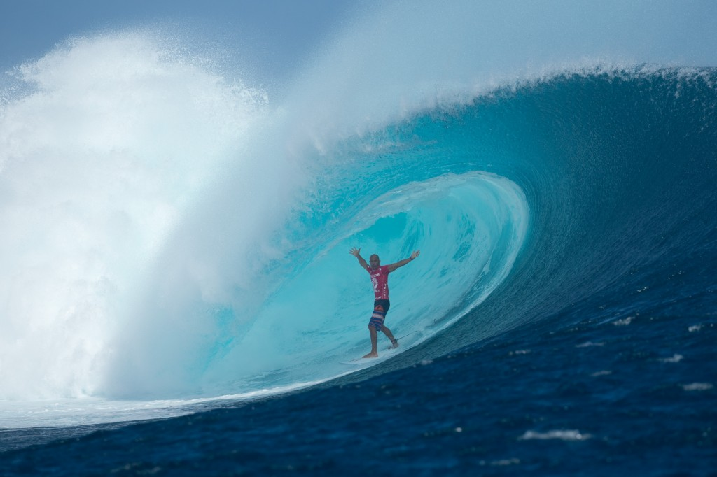 Ke11y Slater is at it again in Fiji! - The Ticket to Ride Journal